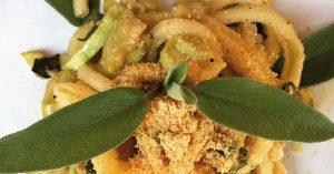 pasta con zucchine e ricotta infornata messinese