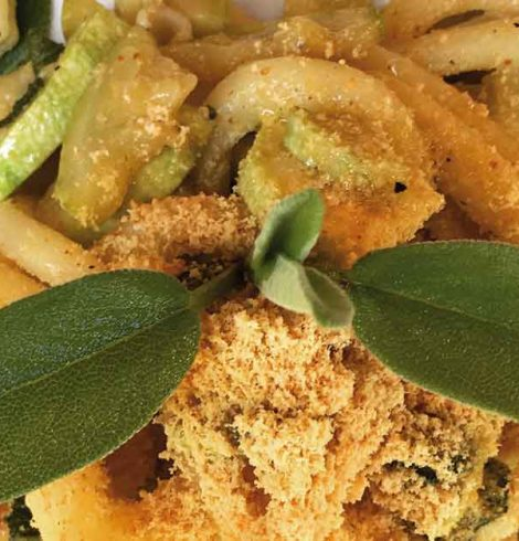 Spaccatelle con zucchine e ricotta infornata, al profumo di salvia