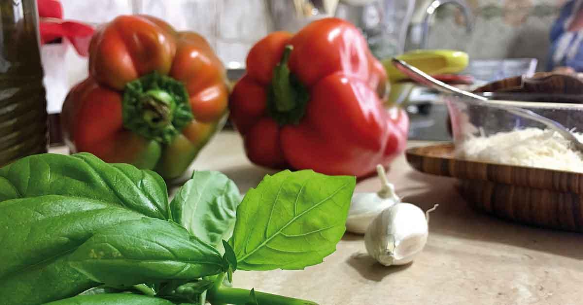 salsa-coi-peperoni-preparazione