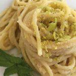 Spaghetti con cipolla di Giarratana e pistacchio di Bronte