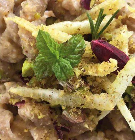 Pasta e cavolfiore, con agrumi ed erbe aromatiche