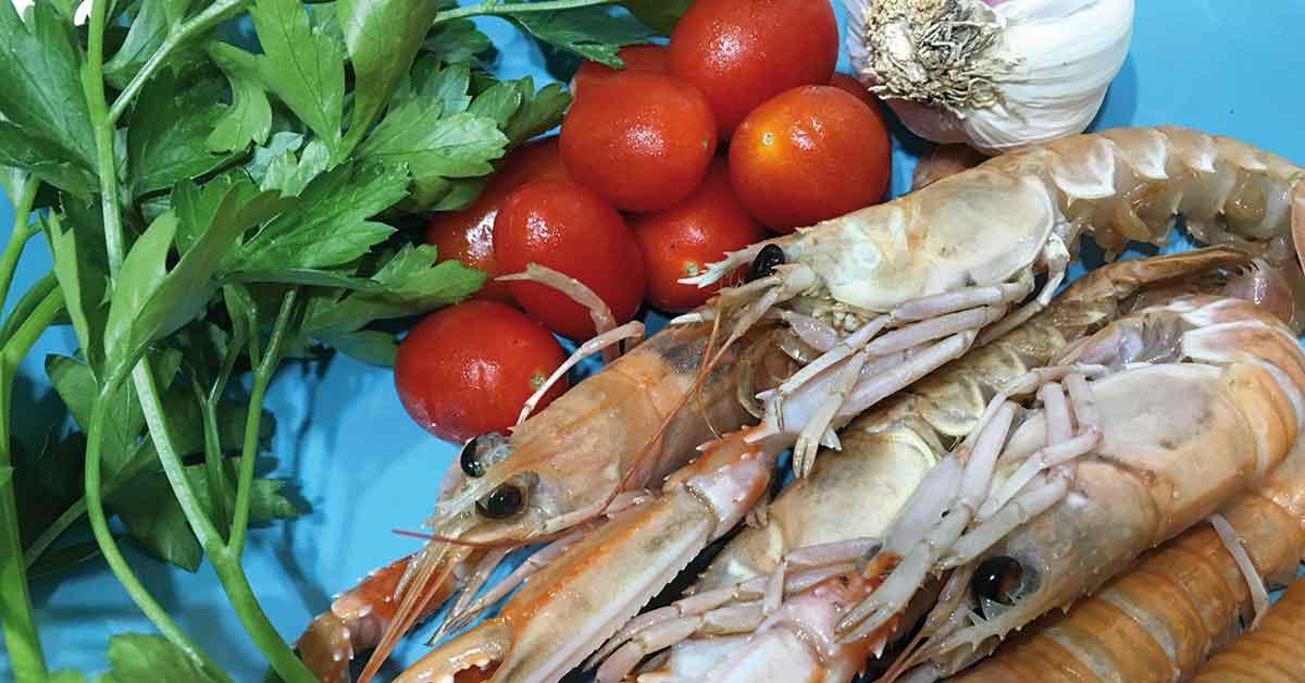 ingredienti pasta con gli scampi