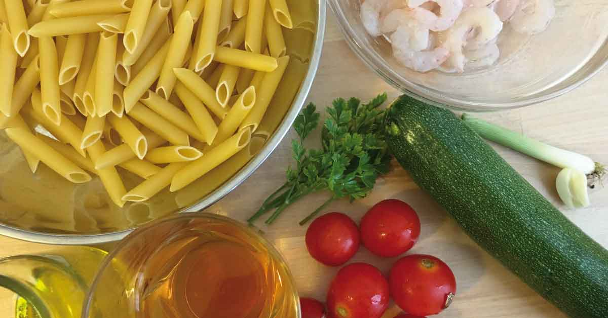 ingredienti per pasta e gamberetti