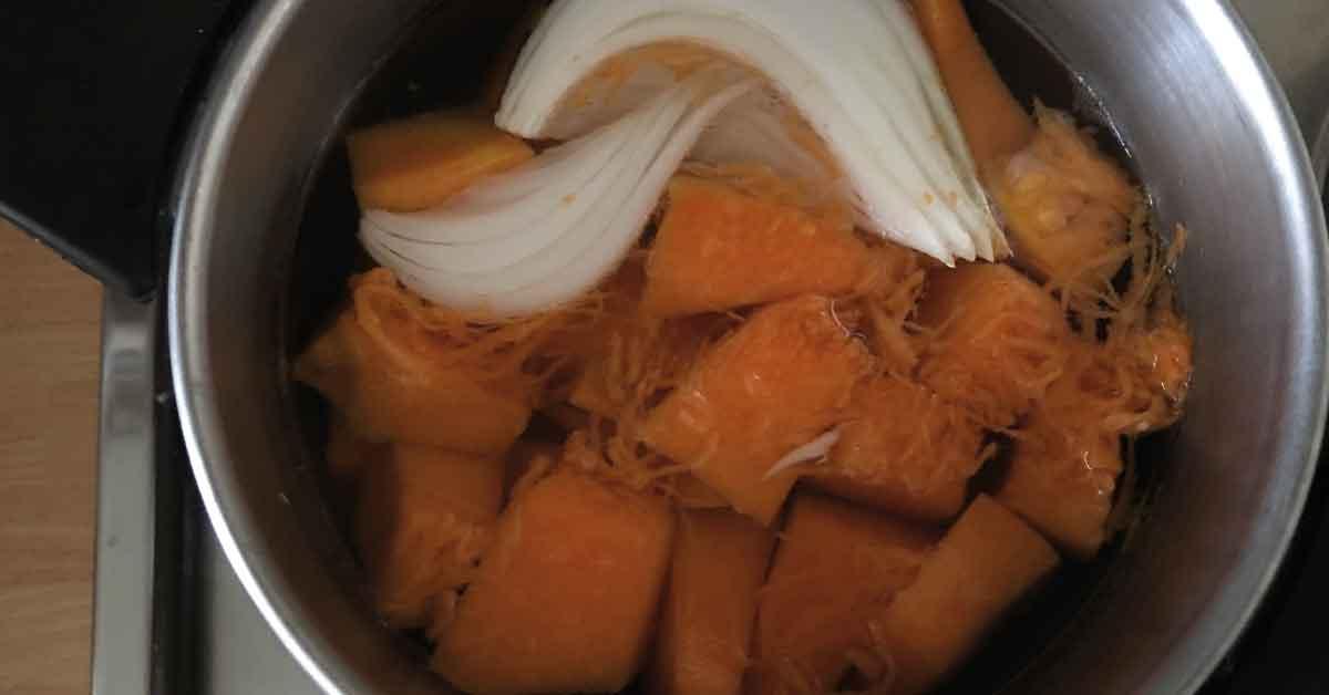 preparazione-del-brodo-di-verdure