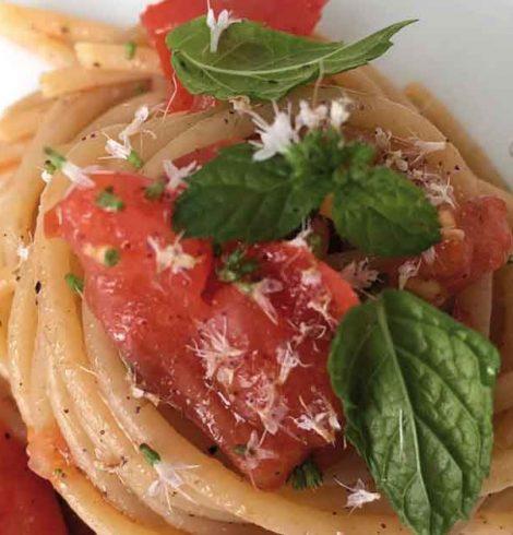 Spaghetti con pomodorini e menta: la ricetta di Ignazio Billera
