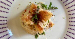 un piatto di risotto gorgonzola e fichi