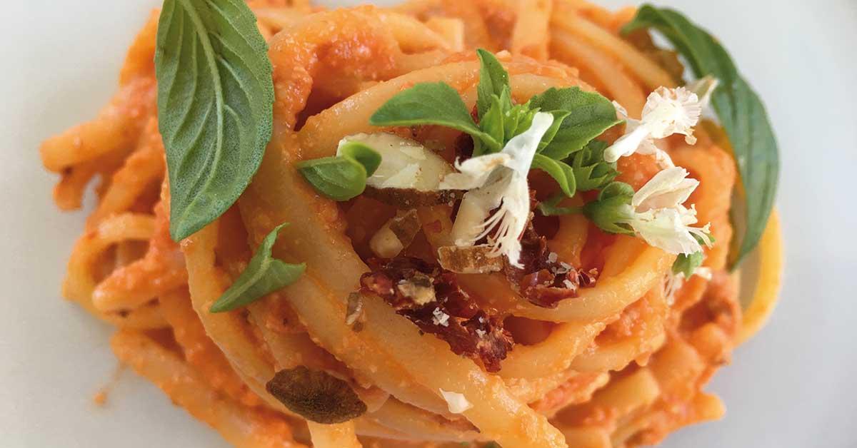 Pasta crudaiola siciliana ricetta veloce con ingredienti for Primi piatti tipici romani