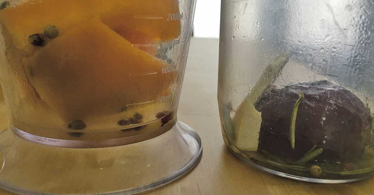 zucca e cipolla pronte per essere frullate