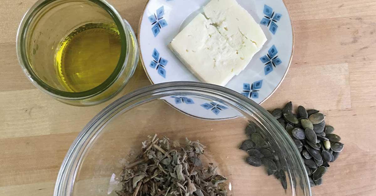 ingredienti-pasta-taleggio-salvia-e-semi-di-zucca