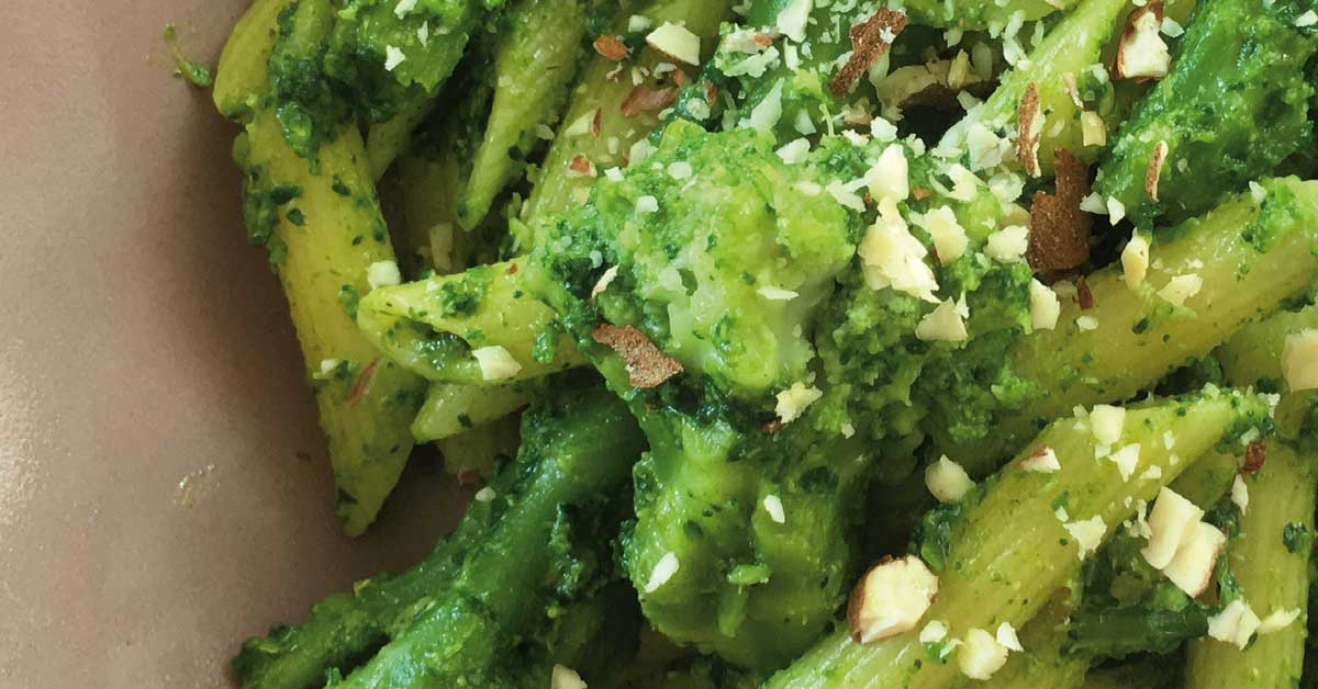penne-con-curcuma-e-broccoli